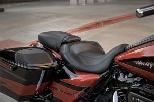Harley-Davidson CVO Street Glide leather seat