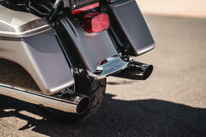Road Glide® Ultra exhaust
