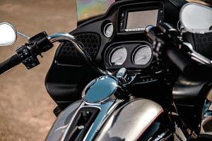 Road Glide® Ultra infotainment