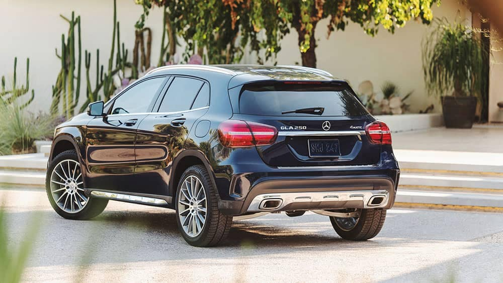2019-Mercedes-Benz-GLA-rear-view