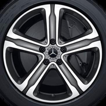 mercedes-benz-glc-exterior-tire