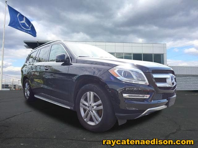 """Certified Pre-Owned 2016 GL 450 4MATIC® SUV, Black, Black Interior, Premium Pkg, Heated Seats, Sunroof, 19"""" Wheels, Active Parking Assist, Running Boards, more… Orig MSRP $73,345"""