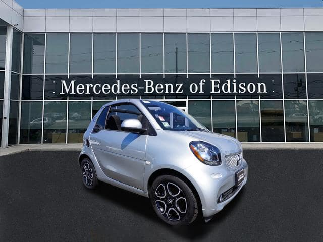 Pre-Owned 2018 Smart fortwo Electric Cabriolet
