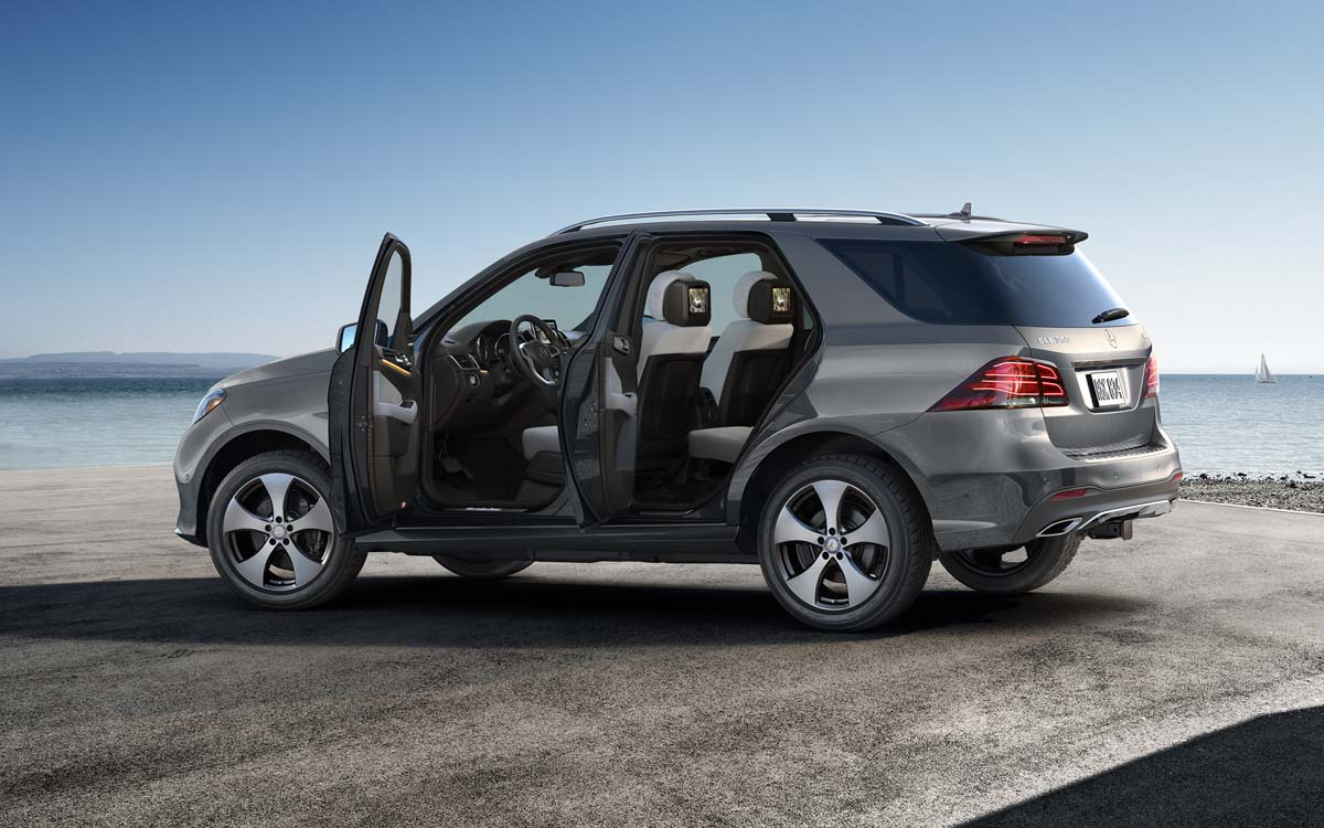 Mercedes-Benz GLE exterior