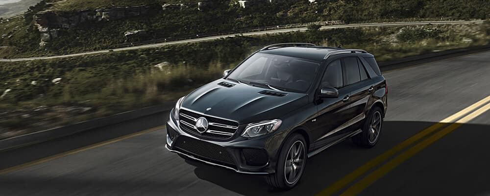 2018 MB AMG GLE 43 driving on mountain road