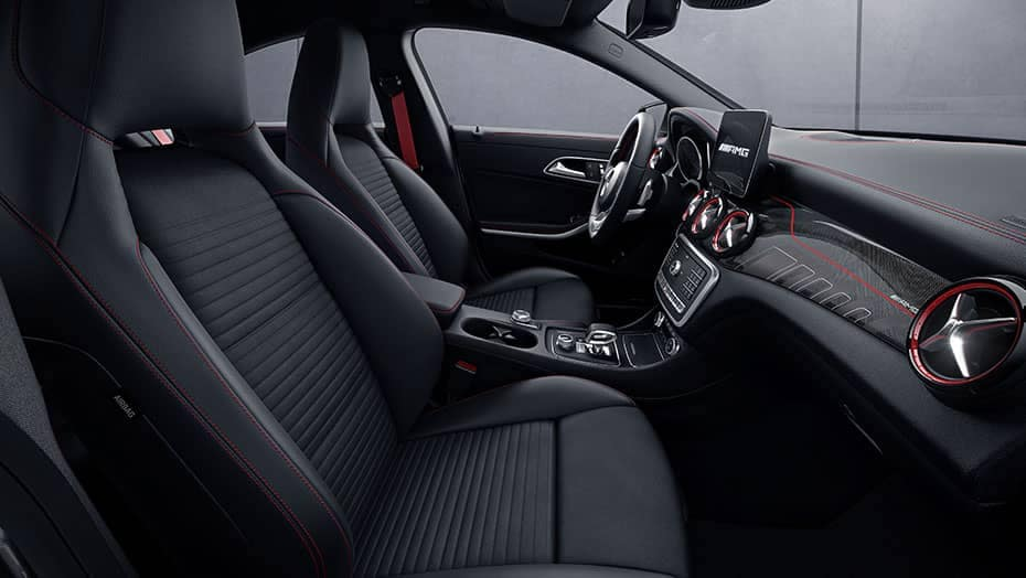 2019 Mercedes-Benz CLA Front Interior Seating and Dashboard