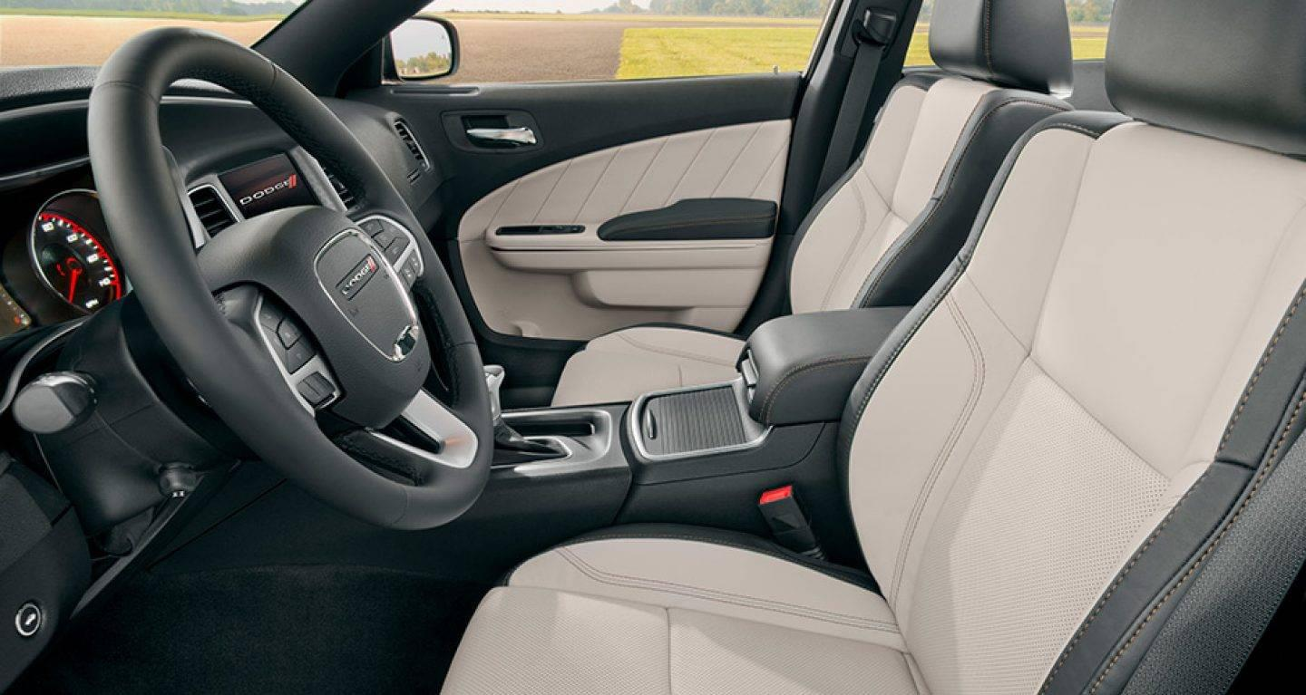 2017 Dodge Charger Seating Interior
