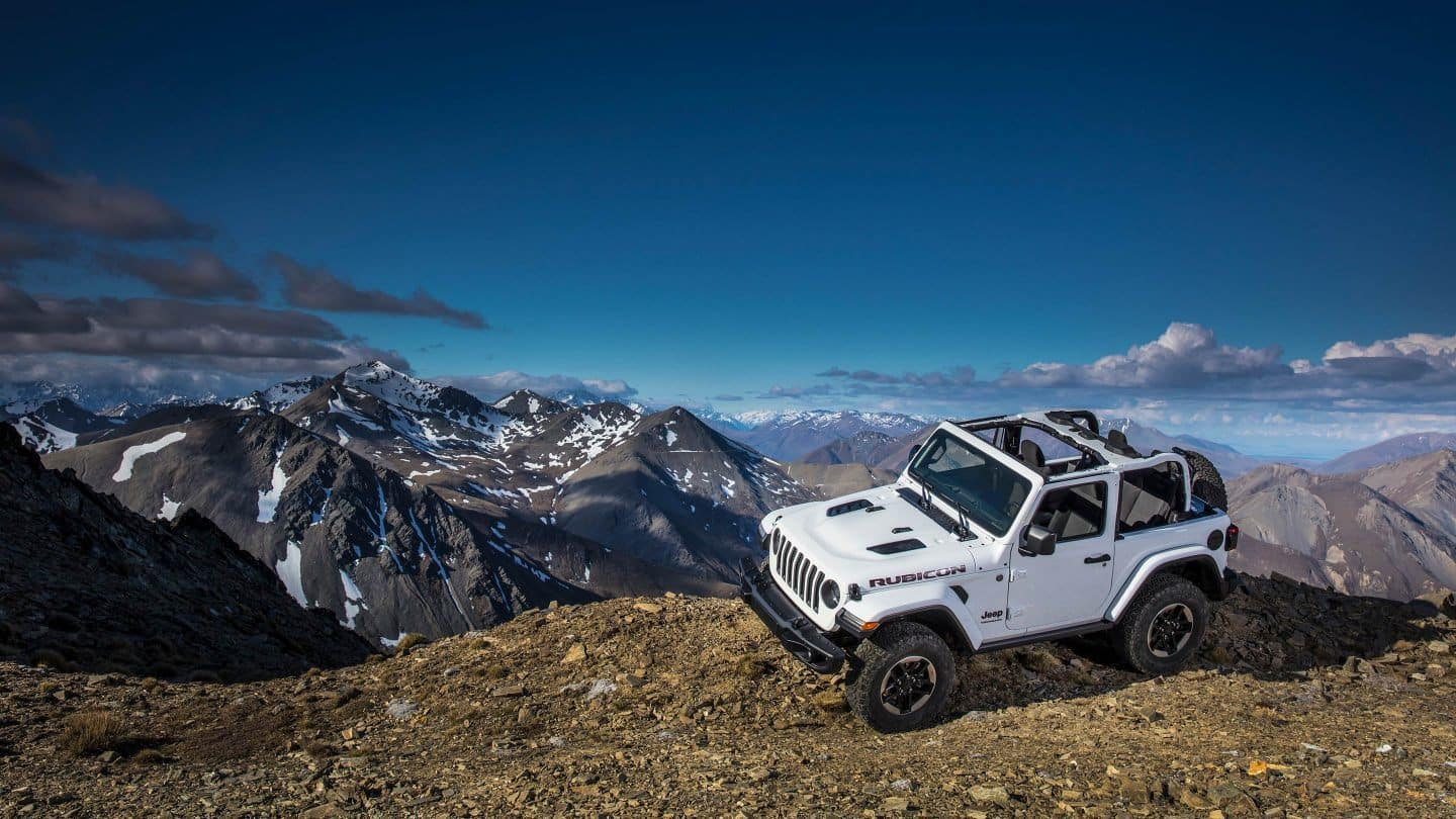 Whats The Difference Between Jeep 2018 Wrangler Jk And Jl 2006 Fuel Filter Model Has Two Additional Engine Options Including A Base 20 Liter Turbocharged Powertrain Which Delivers Class Leading 270 Horsepower