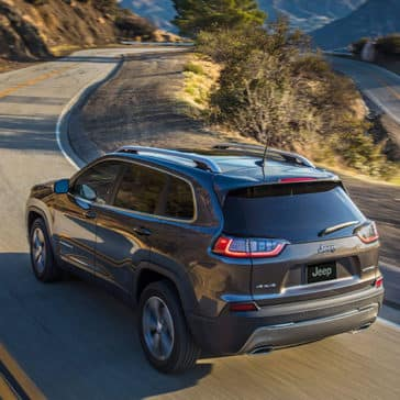 2020-Jeep-Cherokee-Rear