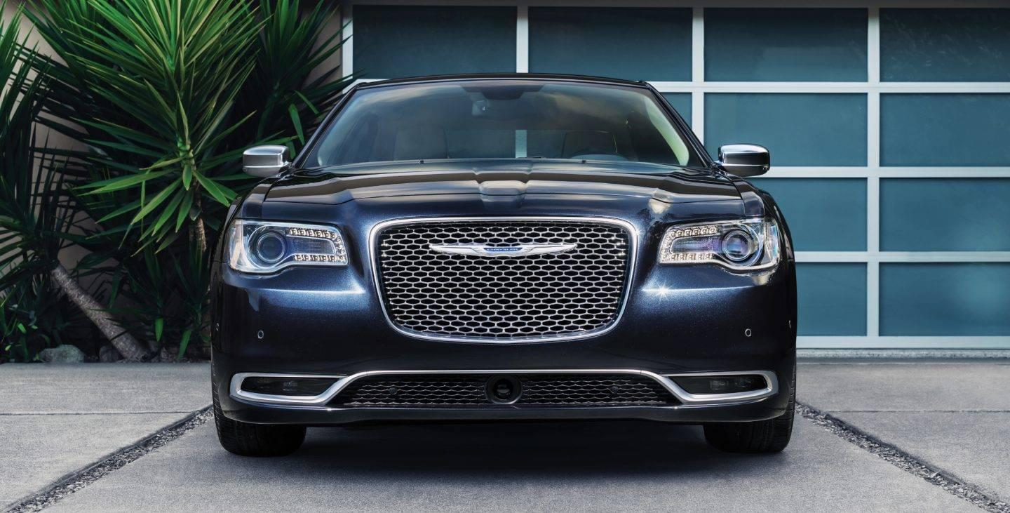 2017 Chrysler 300 Blue Front Exterior