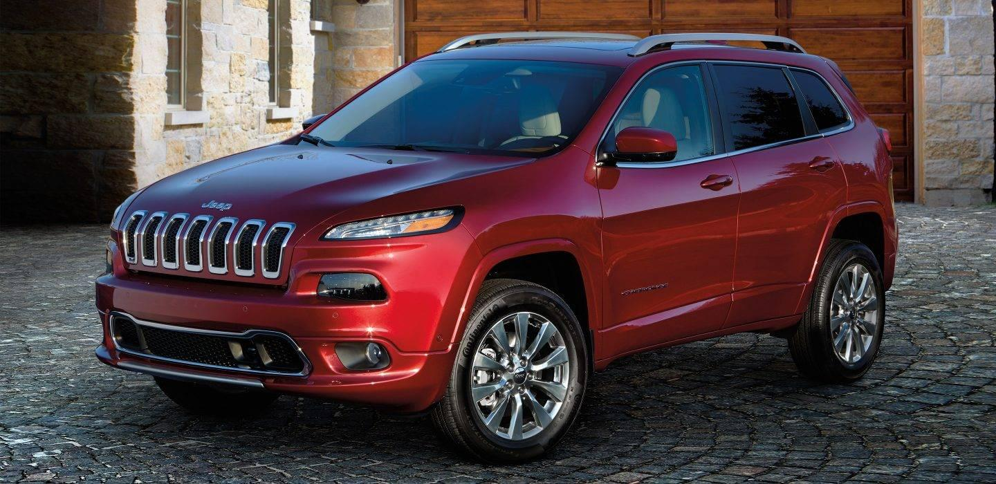 2017 Jeep Cherokee Front Exterior Red