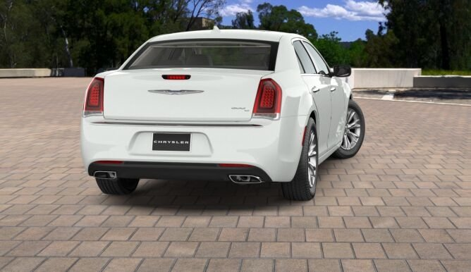 2017 Chrysler 300c Royal Gate Dodge Chrysler Jeep St Louis Mo