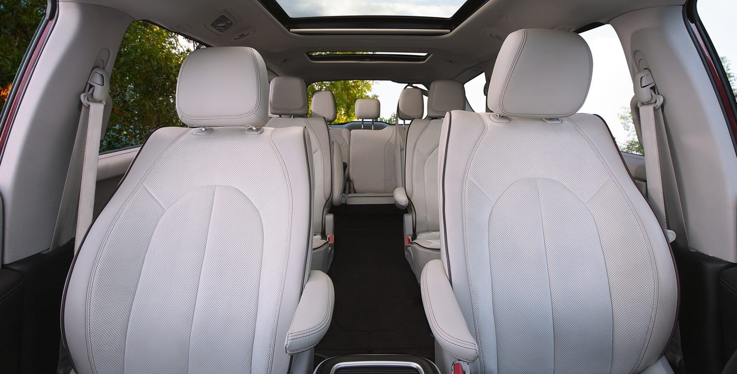 2017 Chrysler Pacifica Hybrid Interior Seating