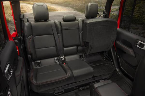 2020 Jeep Gladiator interior seating