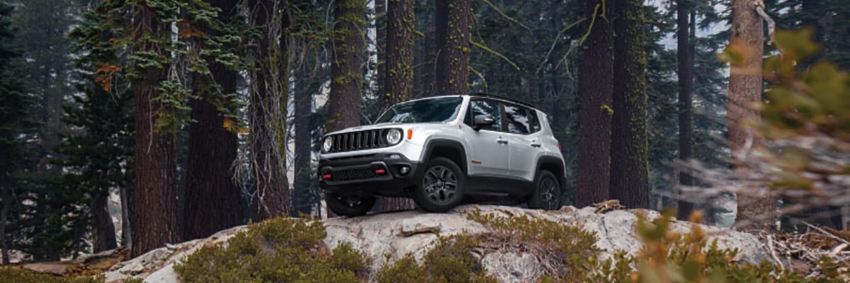2020 Jeep Renegade Hybrid Debut Details >> 2019 Jeep Renegade Sport Vs Latitude Vs Limited Vs Trailhawk