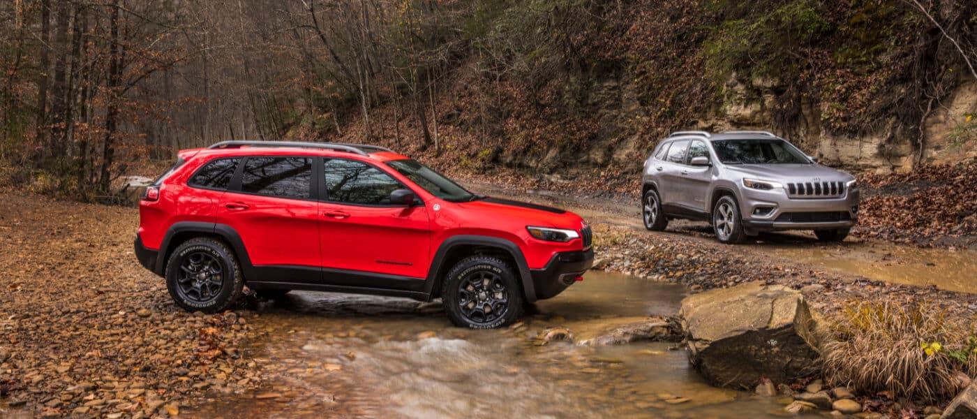 2019 Jeep Cherokees near stream