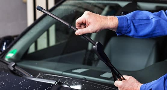 Windshield Wiper Replacements at David Taylor Ellisville Service Center