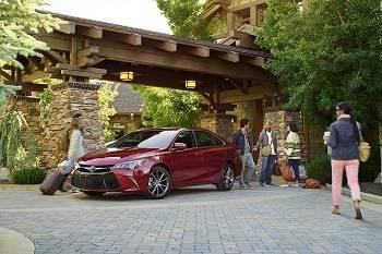 2016 Toyota Camry Red