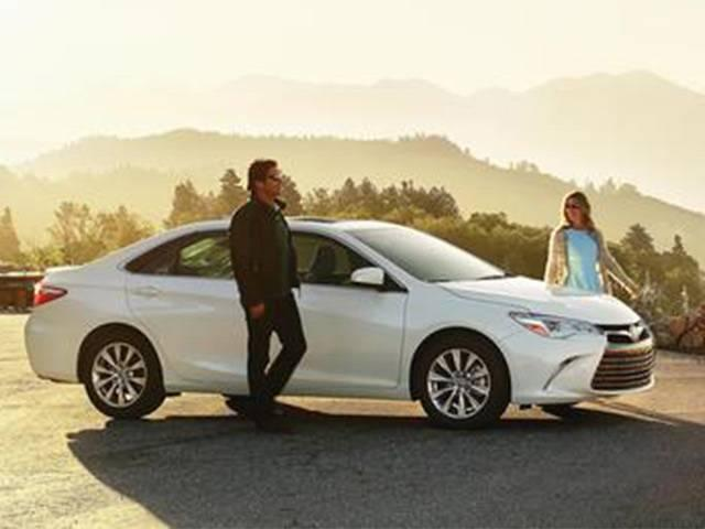 2017-Toyota-Camry-3