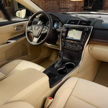 Toyota-Camry-XLE-Interior-Almond-Technology-Package