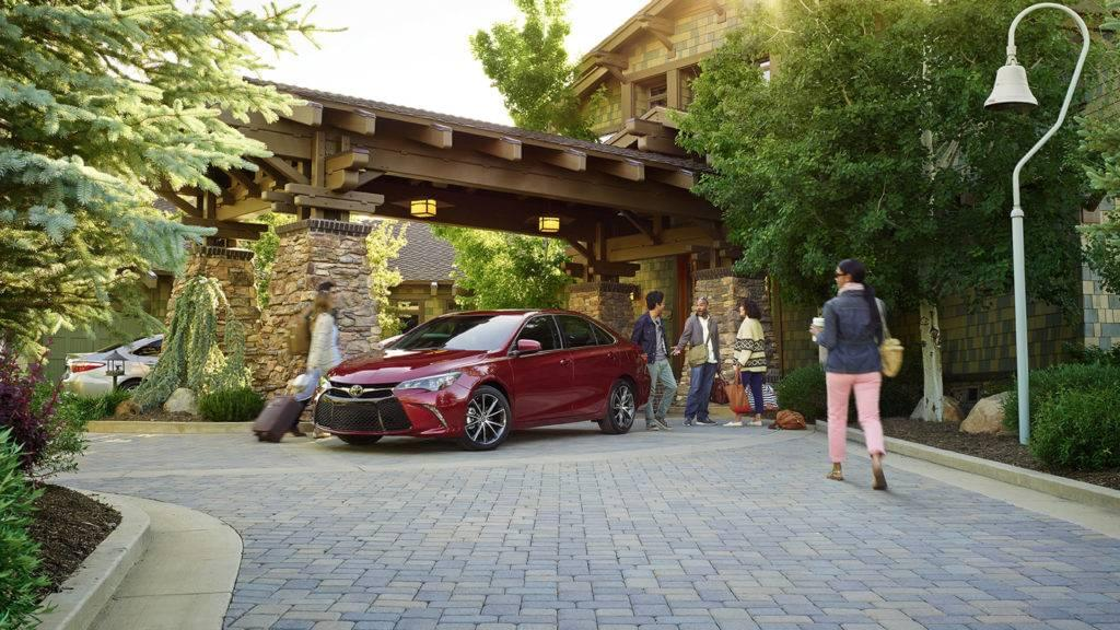 2017-toyota-camry-red