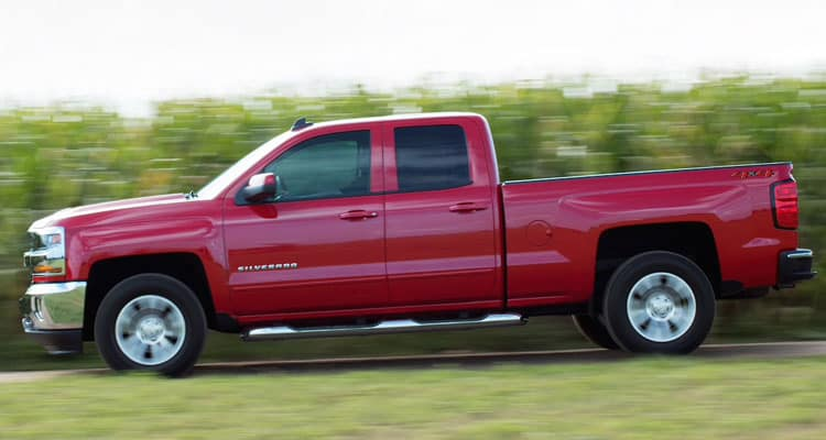 2019 Chevrolet Silverado 1500 Driving on Road