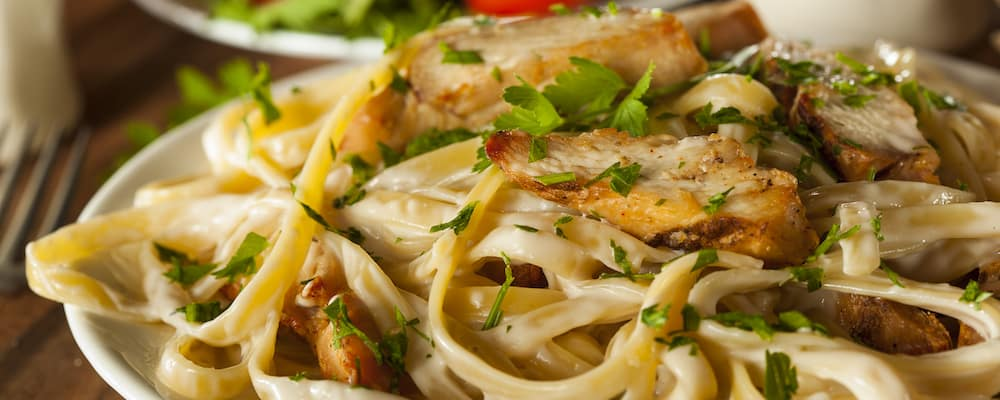 Fettucine pasta with chicken strips