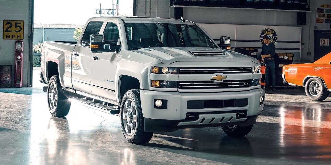 2019 Chevy Silverado 2500 Indoors