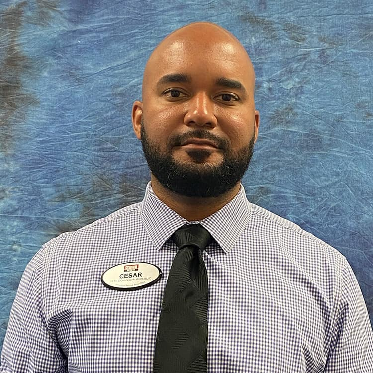Cesar Hernandez Employee Photo