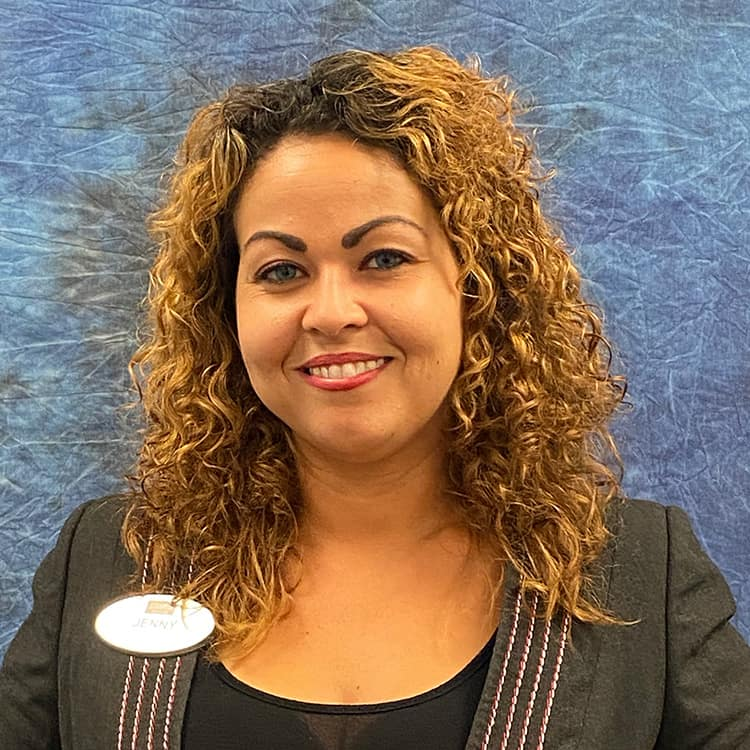 Jenny Gonzalez Employee Photo