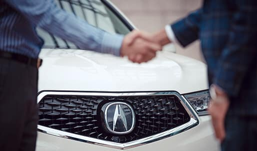 Vern Eide Acura Leasing Benefits Handshake Image