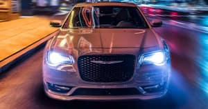 Driving 2018 Chrysler 300